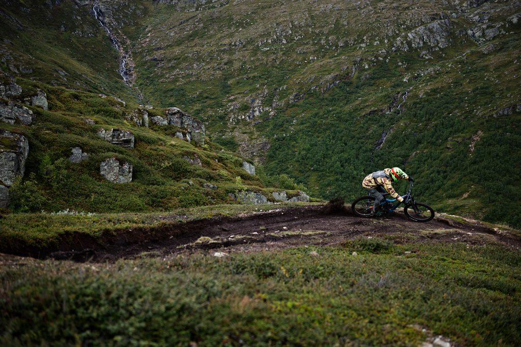 Downhill biker in Åre